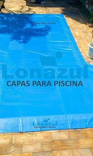 Capa de proteção para piscina com dreno