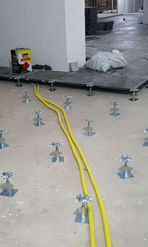 Fabricante de piso elevado