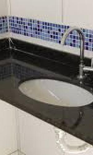 Pia de banheiro granito