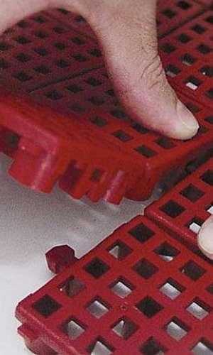 Piso de Plástico para Vestiários
