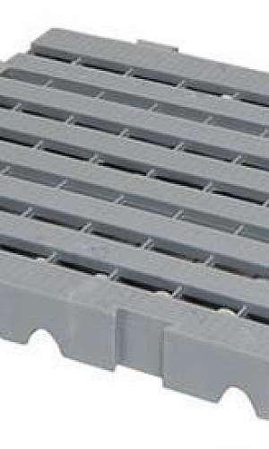 piso plástico de 5cm altura