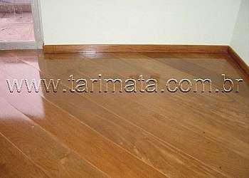 Piso plastico madeira
