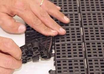 Indústria de piso plástico modular