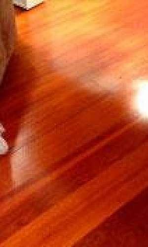 Recuperar piso de madeira